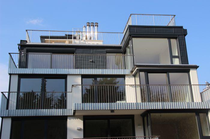 schne balkone und terrassen die neueste innovation der innenarchitektur und m bel. Black Bedroom Furniture Sets. Home Design Ideas